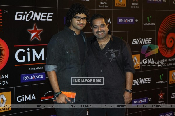 Shankar Mahadevan at Gima Awards 2013