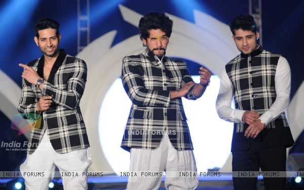 Suyyash Rai was at Rohhit Verma's Fashion Show