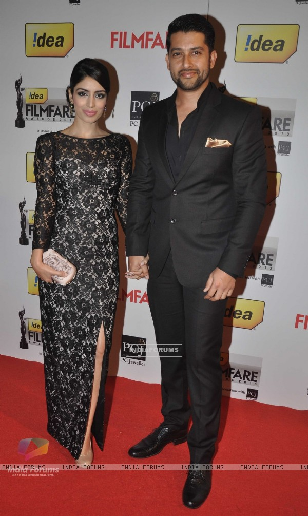 Aftab Shivdasani and his fiance were at the 59th Idea Filmfare Awards 2013