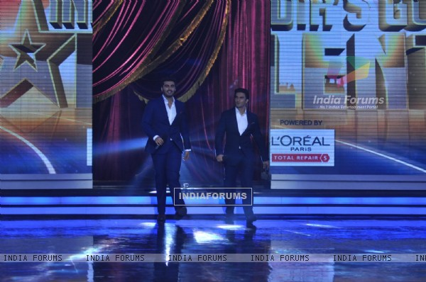 Arjun Kapoor and Ranveer Singh on India's Got Talent Season 5