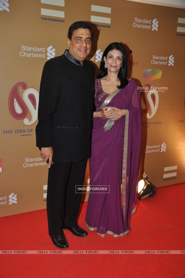 Ronnie Screwvala with his wife at The Foundation Celebrates 'The Idea Of India'