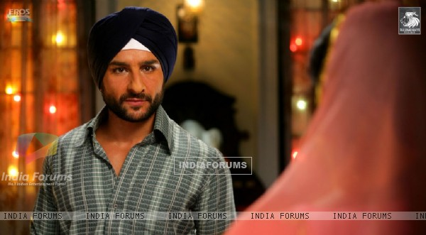 Saif Ali Khan looking in full confident