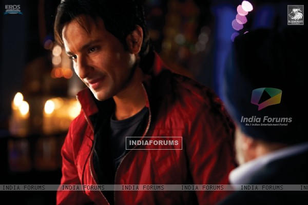 A still scene from Love Aaj Kal movie (31352)