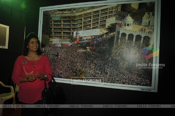 Sonali Kulkarni was at the Photo exhibition