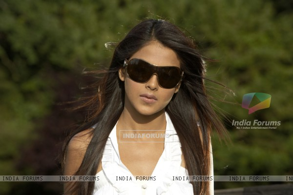 Genelia Dsouza looking gorgeous