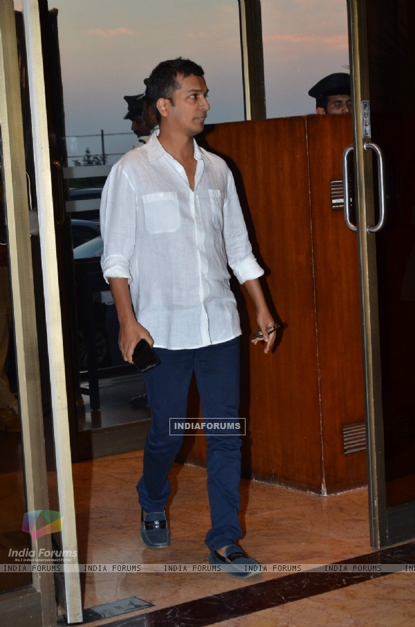 Vikram Phadnis was seen at Sanjeev(Bobby) Chawla's Prayer Meet