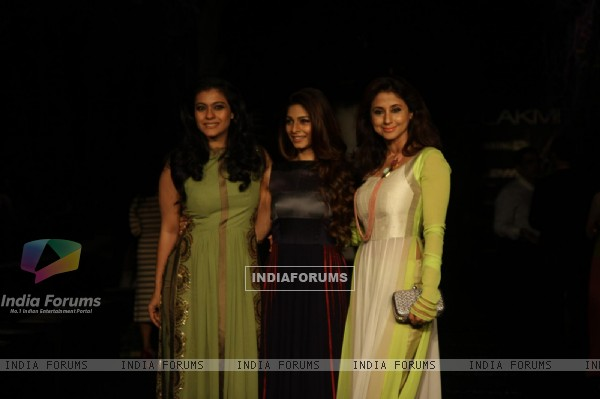 Urmila, Kajol and Tanisha at Lakme Fashion Week Summer Resort