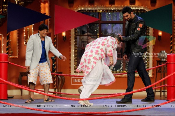 Comedy Nights With Kapil - Holi Special