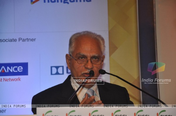 Ramesh Sippy speaks at the Inauguration of FICCI Frames