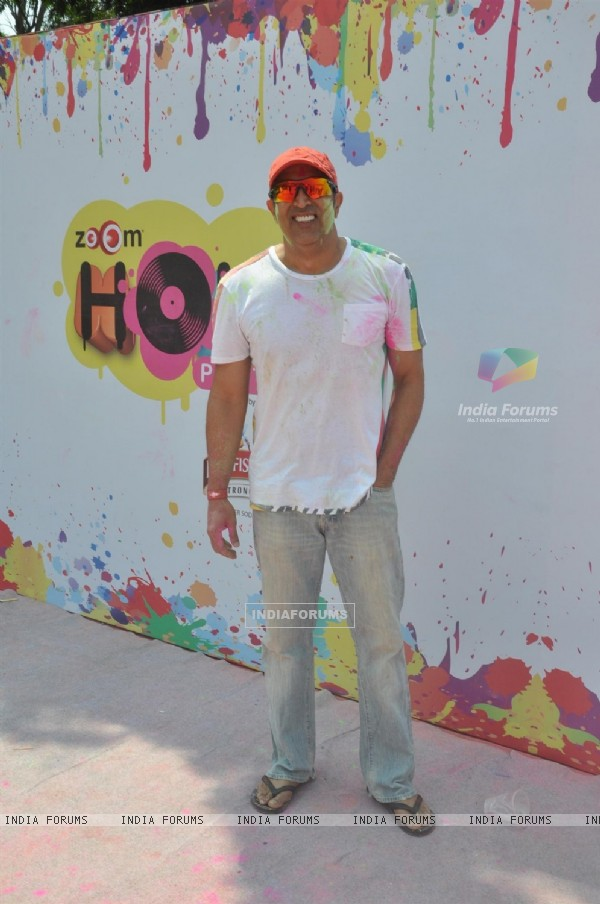 Vindoo Dara Singh was seen at the Zoom Holi Party