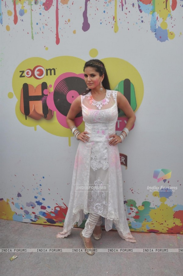 Sunny Leone performs at the Zoom Holi Party