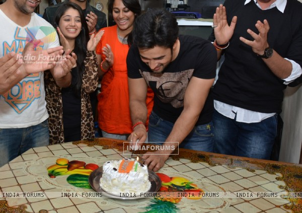 Karan Sharma cuts his Birthday cake