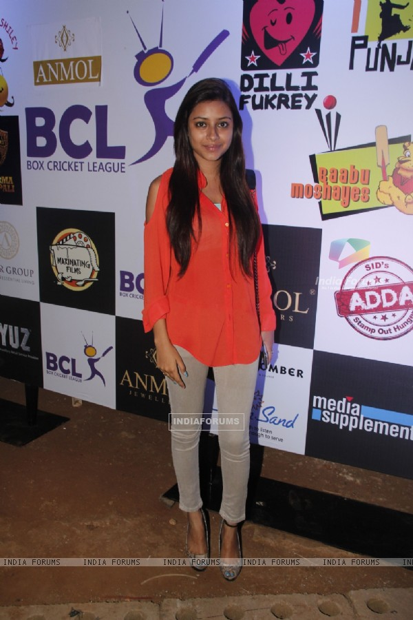 Pratyusha Bannerjee at the Box Cricket league inaugral match
