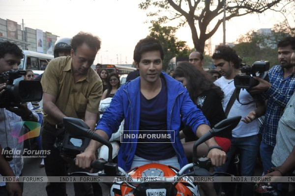 Bike rally to promote Main Tera Hero