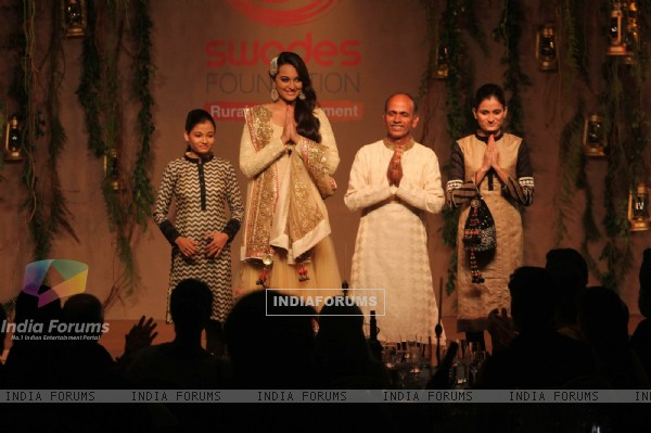 Sonakshi Sinha was at the Swades Foundation Fundraiser
