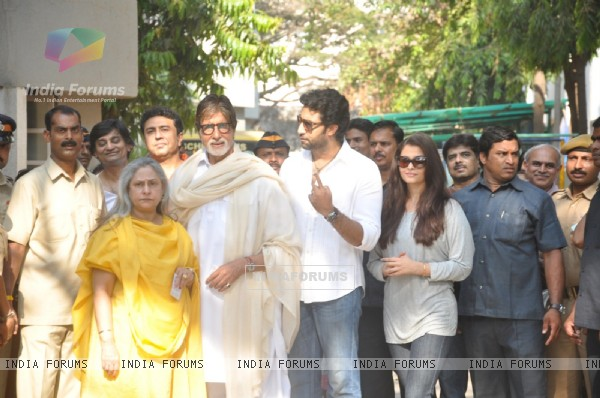 The Bachchan wife arrives to cast their vote at a polling station in Mumbai