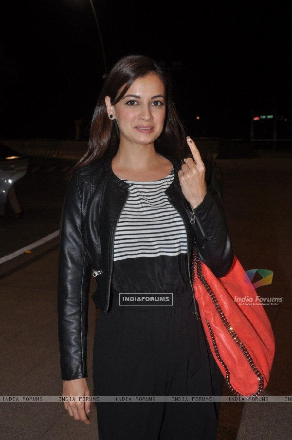 Celebrities at Mumbai airport leaving to attend IIFA