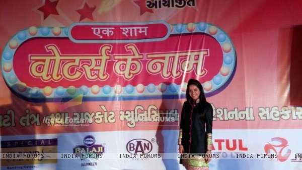 Asha Negi Promotes Voter Awareness
