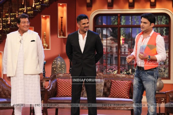 Promotion of Koyelaachal at Comedy Nights With Kapil