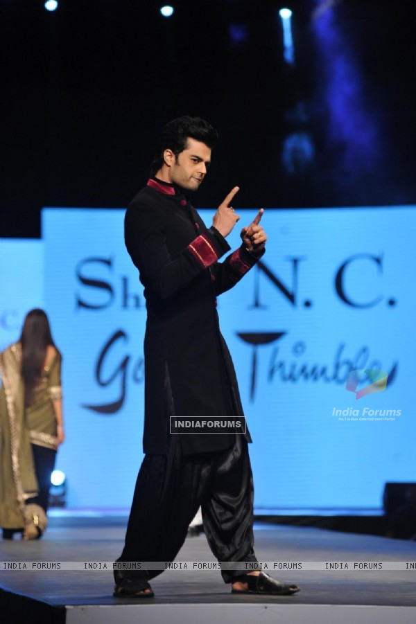 Manish Paul walked the ramp at the 'Caring with Style' fashion show at NSCI