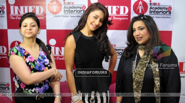 Mahek Chahal launches a fashion designing institute