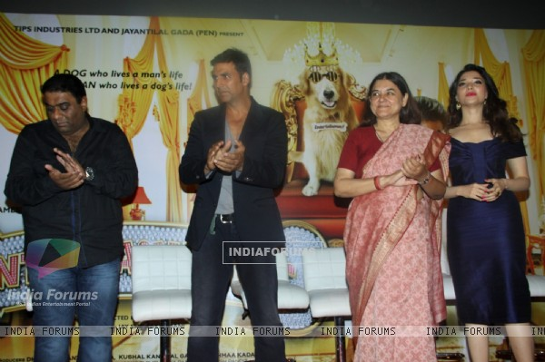 Akshay Kumar, Tamanna Bhatia and Maneka Gandhi at the First Look Launch of It's Entertainment