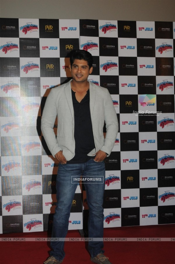 Siddharth Shukla at the Trailer Launch of 'Humpty Sharma Ki Dulhania'