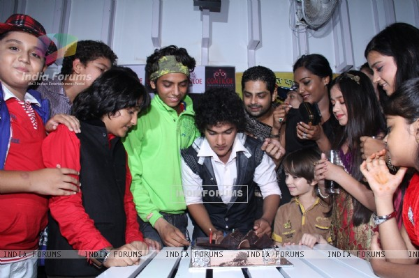 The cast of Maharana Pratap celebrates the completion of 200 episodes