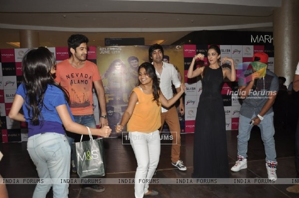 The Fugly dance with their fans at Viviana Mall in Thane