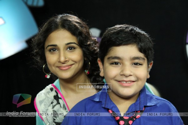 Vidya Balan and Sadhil Kapoor pose for a picture on Captain Tiao