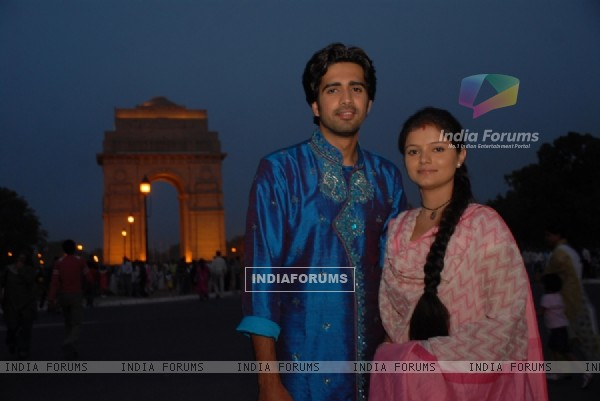 Dev and Radhika in Chhoti Bahu.. Sindoor Bin Suhaagan
