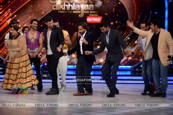 Promotion of Humshakals on Jhalak Dikhhla Jaa 7