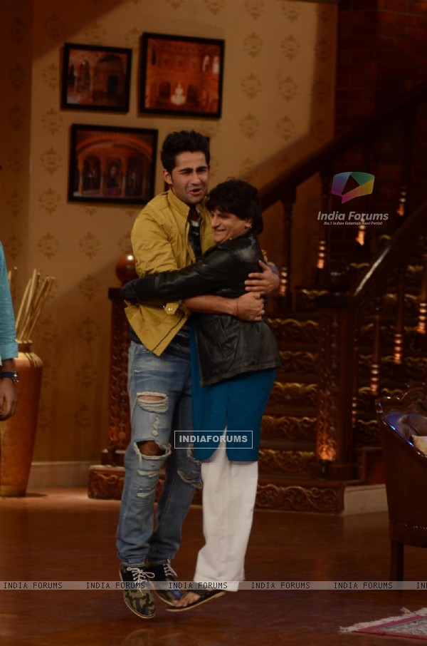 Promotion of Lekar Hum Deewana Dil on Comedy Nights With Kapil