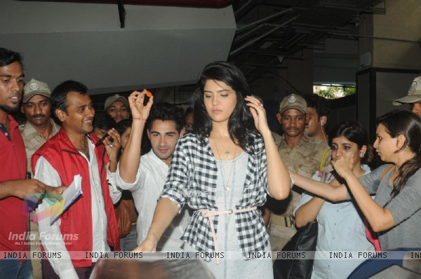 Promotion of 'Lekar Hum Deewana Dil'