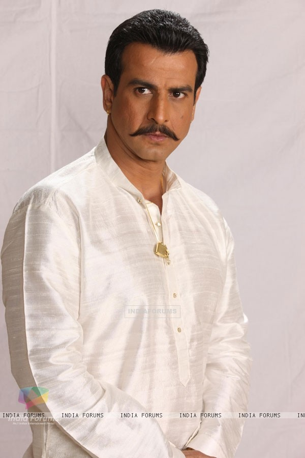 A still image of Ronit Roy in the show Bandini