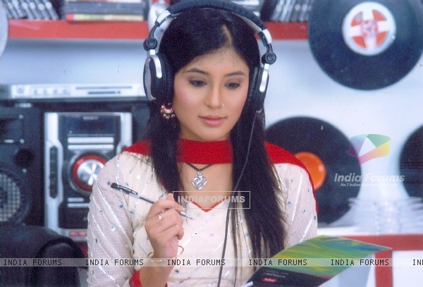 Kritika as Arohi in the show Kitani Mohabbat Hai