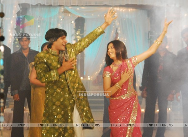 Salil and Purbi in Kitani Mohabbat Hai