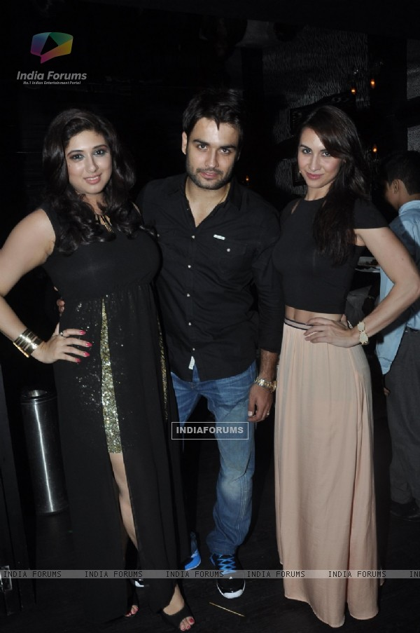 Vivian Dsena with Vahbbiz and Lauren at his Birthday Party