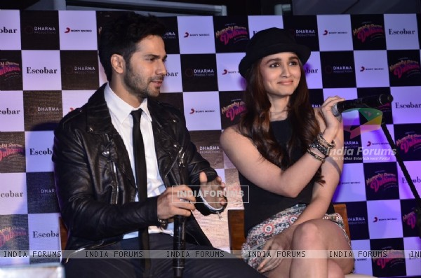 Varun Dhawan and Alia Bhatt At Escobar For Humpty Sharma Ki Dulhania Promotions.