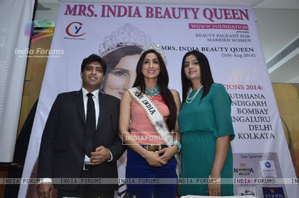 Mrs India contest Press Meet organised by WOWW Foundation
