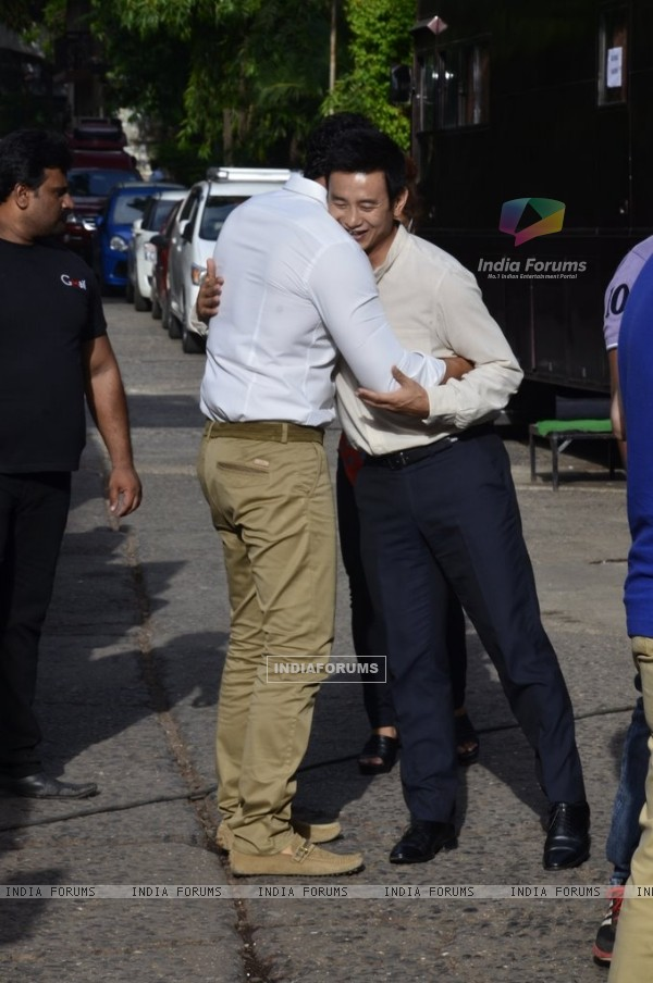 John Abraham hugs Baichung Bhutia at Castrol Photo Shoot