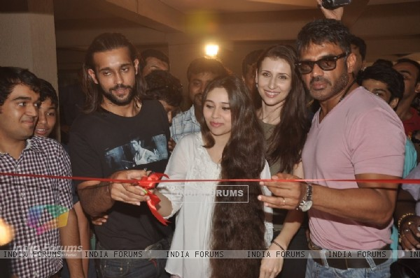 The cast of the film at the Promotions of Desi Kattey