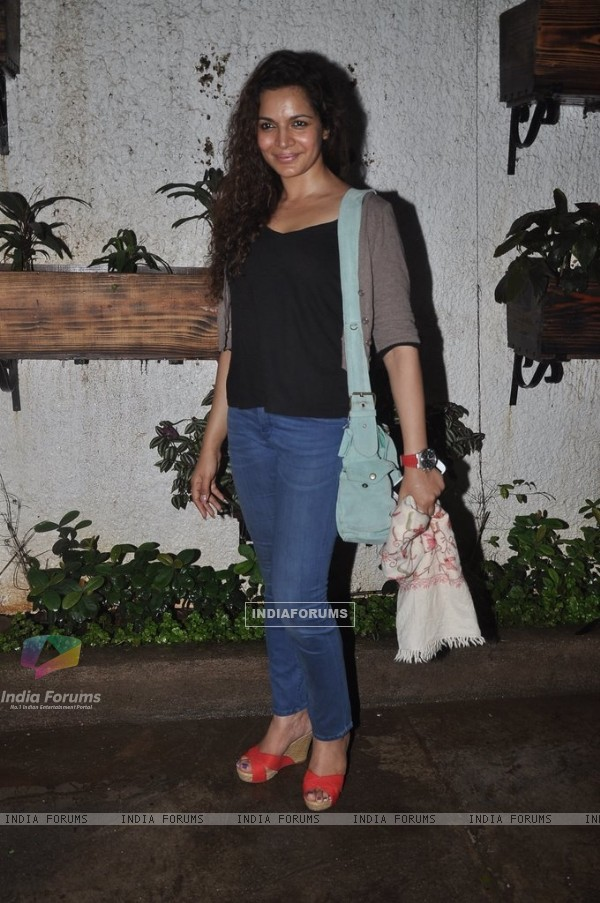 Shweta Kawatra poses for the media at the Screening of Hate Story 2