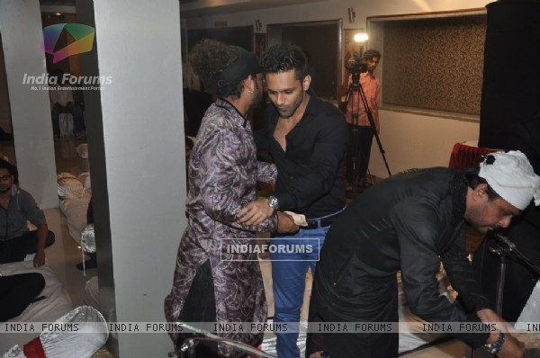 Sharib greets Rahul Vaidya at the Iftaar party and Sufi Mehfil