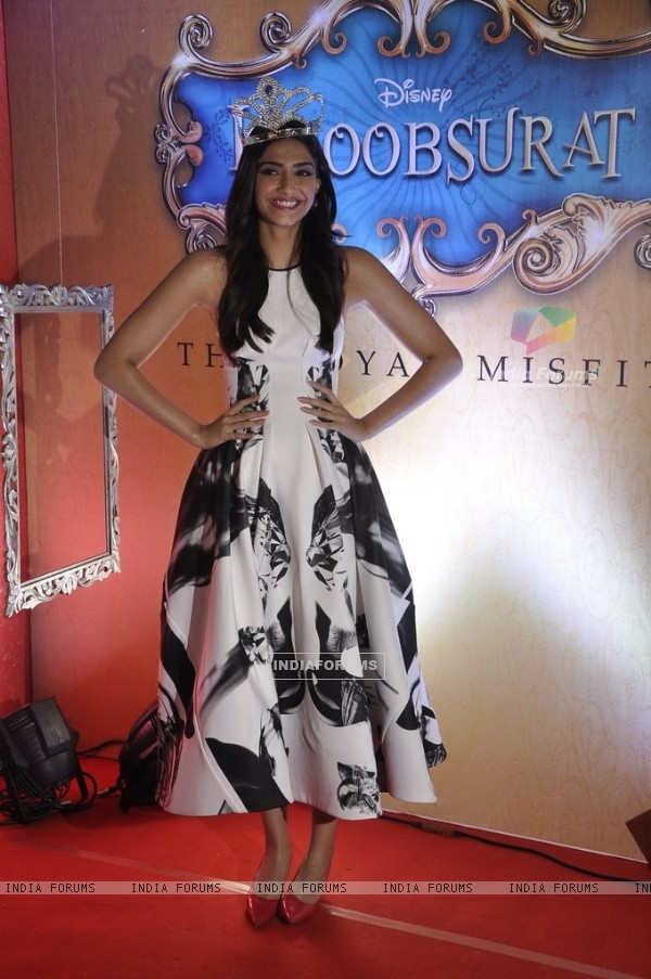 Sonam Kapoor wears a crown at the Trailer Launch of Khoobsurat