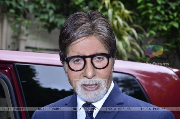 Amitabh Bachchan spotted at the launch of LG Mobile