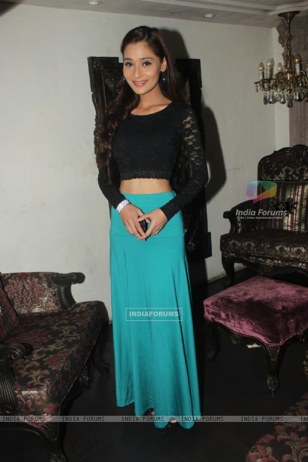 Sara Khan was at Madhura Naik's Birthday Party