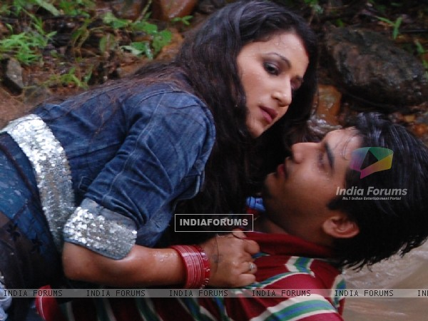 Romantic scene of Mohan and Chanda