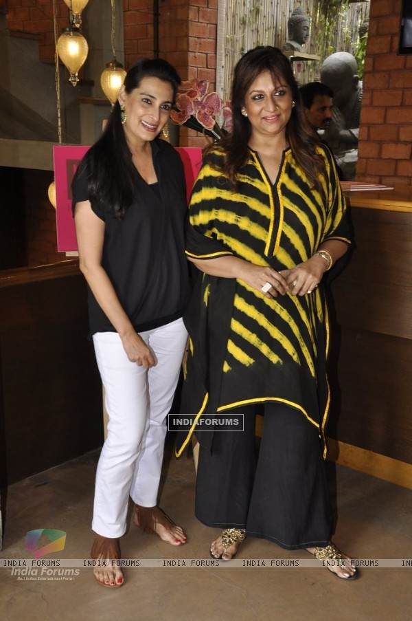 Mana Shetty with a friend at her Get-to-gather