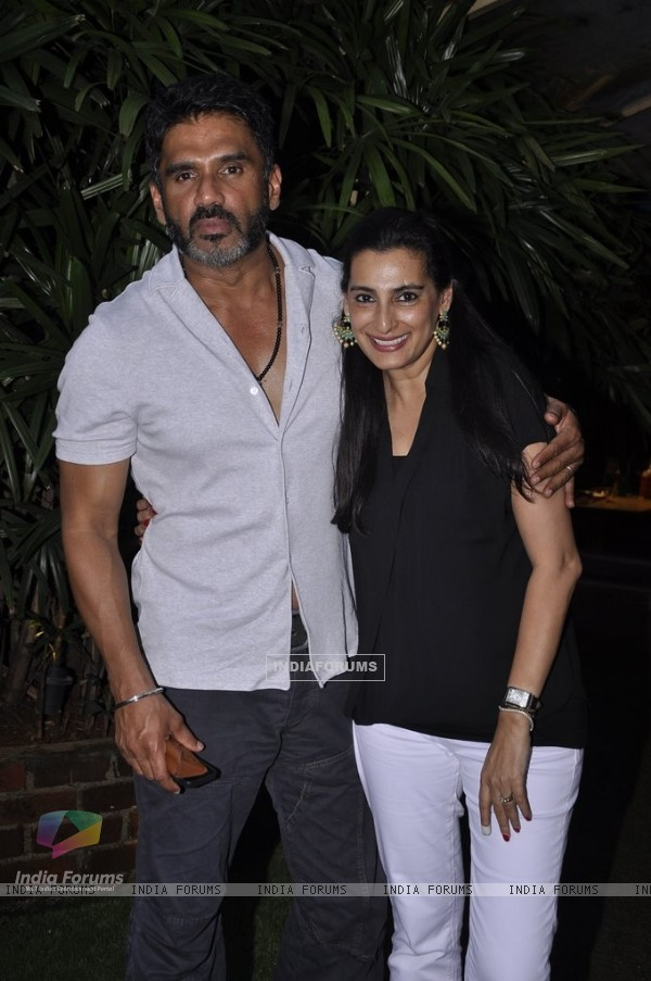 Suniel Shetty with Mana Shetty